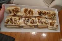 Captura de Torrada de queijo de cabra com mel e nozes