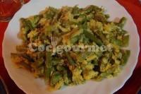 Captura de Ovos mexidos com aspargos frescos