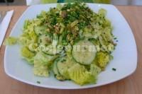 Salada de alface com pepino